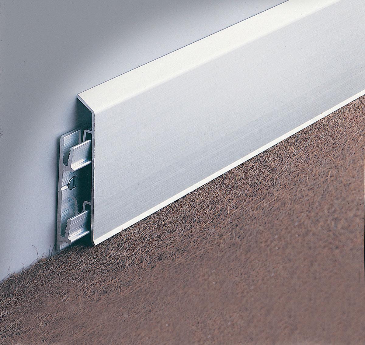 sockelleisten weitzel alles ist m glich. Black Bedroom Furniture Sets. Home Design Ideas